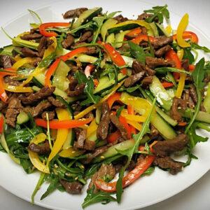 горячий салат из говядины
