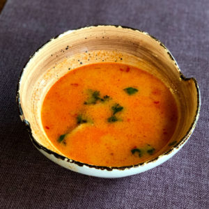 sup tom yam s moreproduktami